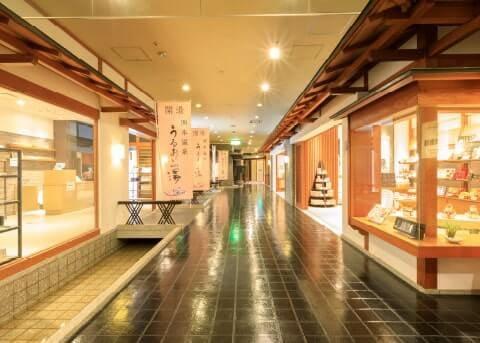 江戸時代を模した風情溢れる売店